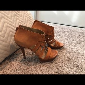 Stuart Weitzman strappy boot heels! Gorgeous